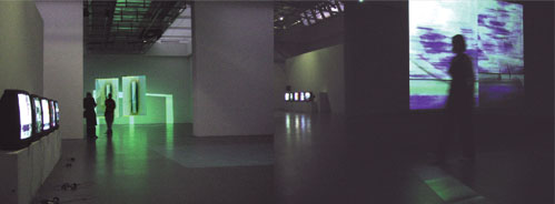Video Installation infra_strukt 2.0, Judith Nothnagel - Luigi Pecci Museum, Florenz-Prato
